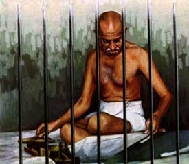 http://peaceandjustice.org.uk/wp-content/uploads/2013/10/gandhi-jail-photo-mkgandhi-org.jpg